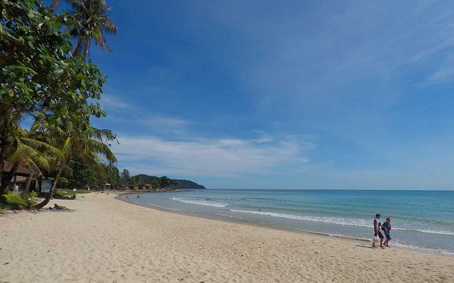 lonely-beach-koh-chang-insel-thailand-strand