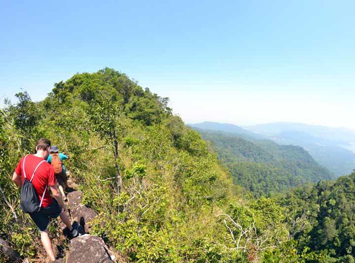 dschungel-trekking-koh-chang-berg