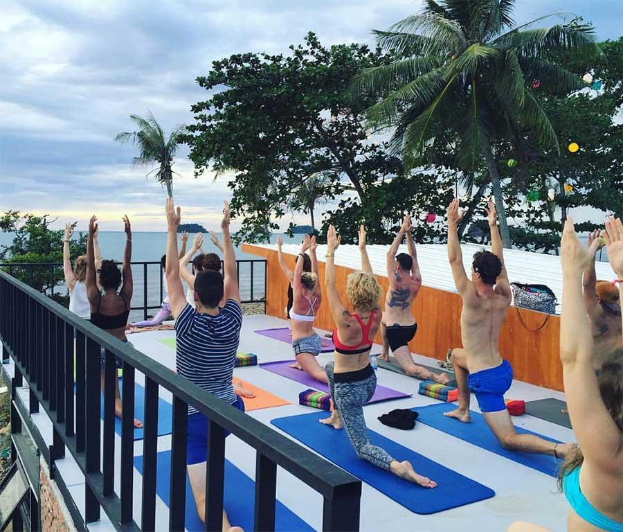 yoga-koh-chang-thailand