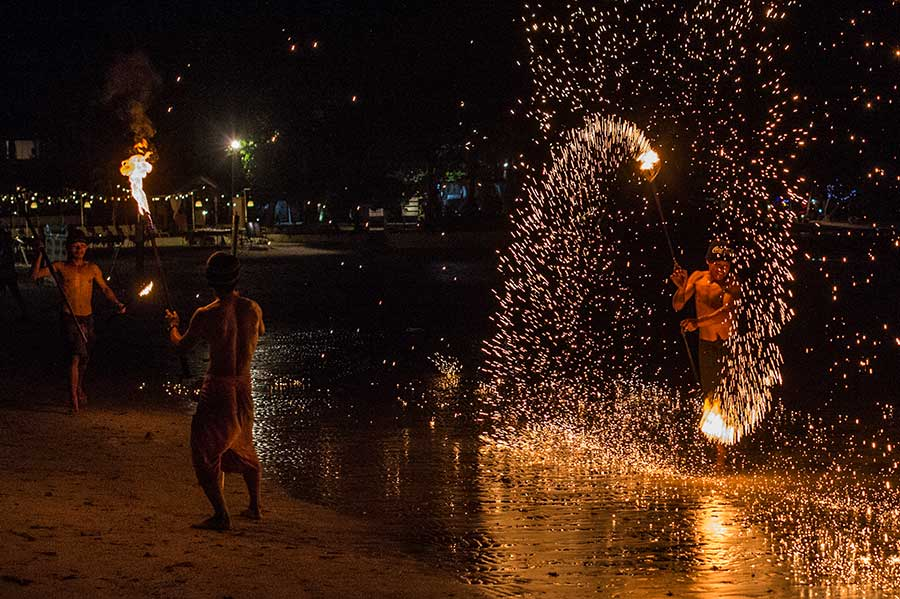 show-feuer-koh-chang-thailand